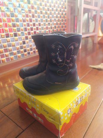 Демисезонные ботинки для девочек испанского производителя Pablosky