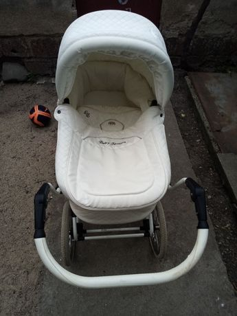 Детска количка пълен комплект