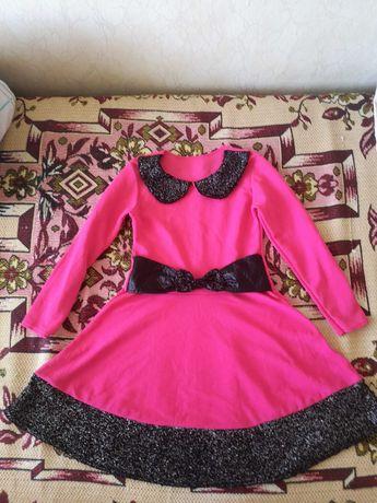 Детска розова рокличка