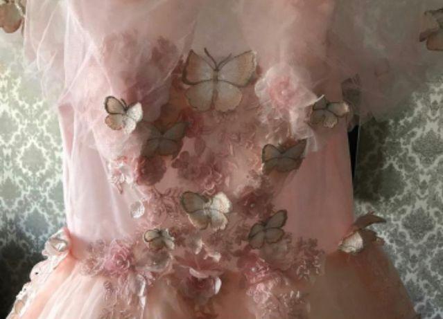 3Д платье с бабочками
