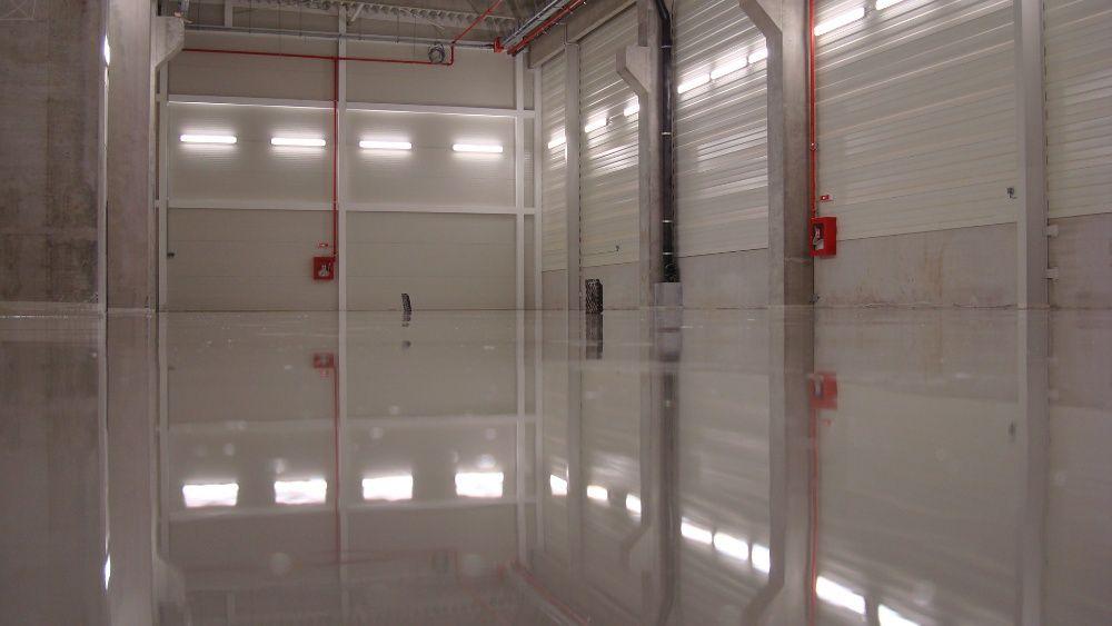 Pardoseli industriale din beton elicopterizat sau rasini epoxidice Bucuresti - imagine 1