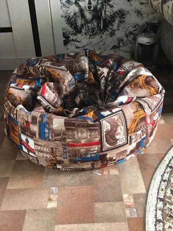 Продам 2 кресло- мешок.