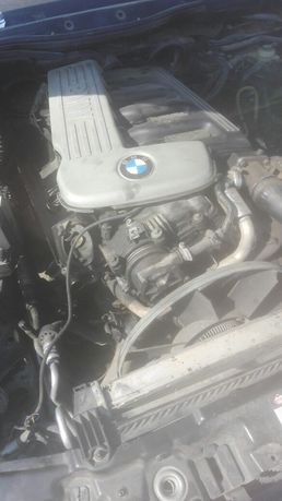 Dezmembrez motor BMW E39 3.0 184 cai diesel