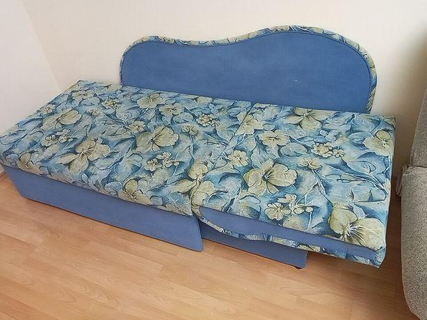 Детская - подростковая кровать - диван.