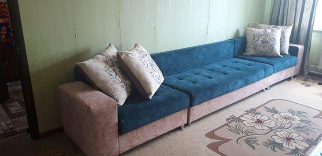 Продам диван мягкой мебели.