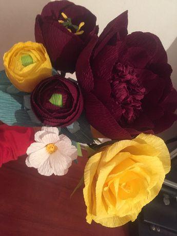 Flori din hartie creponata floristica