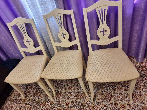 Срочно продам стулья