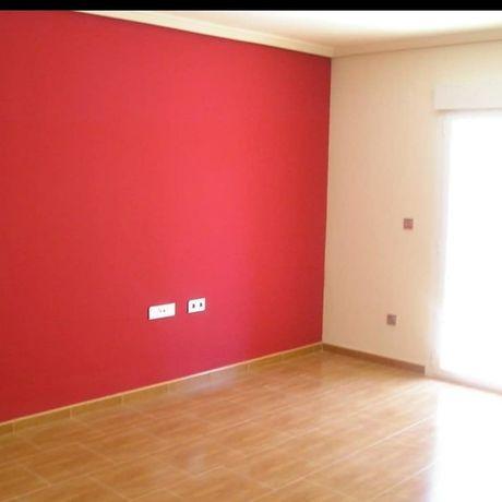 Покраска стен, ливкас на аппарате, ремон квартиры и помещений под ключ