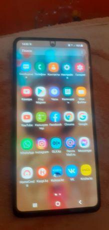 Продам Samsung А52.