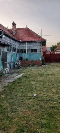 Vand casa si teren