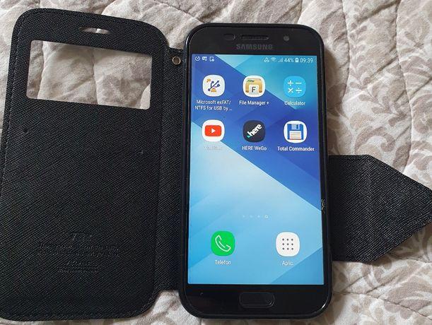 Samsung Galaxy A5 2017 A520 | 32 GB | Camera 16 Megapixeli