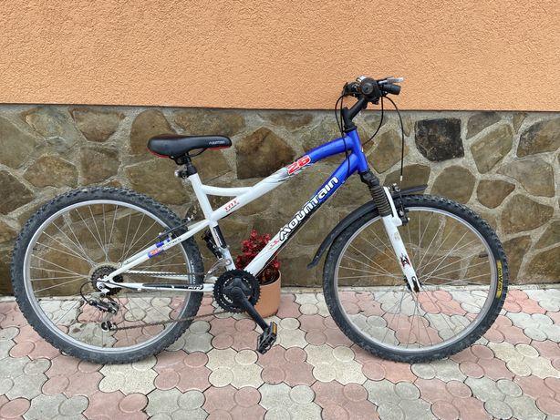 Vând bicicleta Mountain ( NEGOCIABIL )