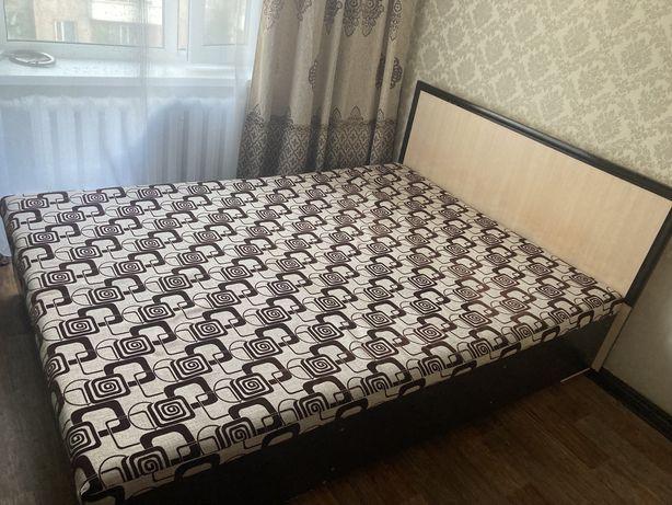 Продается спальни кровать