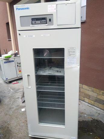 Биомедицински, фармацевтичен и лабораторен хладилник Panasonic MPR-721