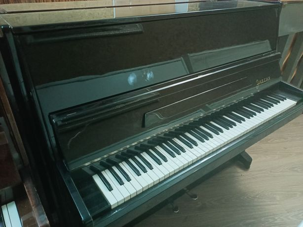 Фортепиано Элегия. Доставка и настройка включена.