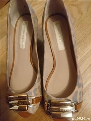 vand pantofi noi Jorge Bischoff
