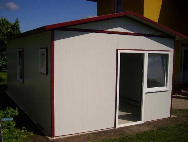 Casa, garaje auto din panou sandwich izolat si cabane din lemn stil A