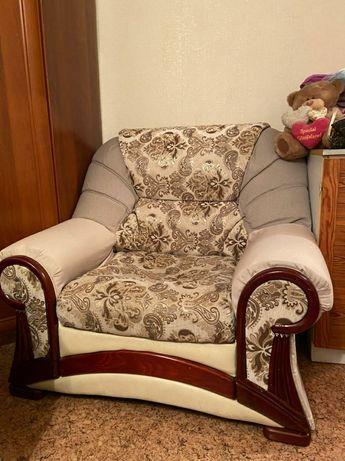 Кресло мягкое качественное