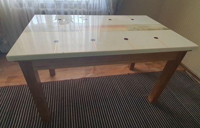 Стол для кухни из камня и барная стойка б/у.