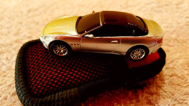 Memory stick Maserati - 2 GB