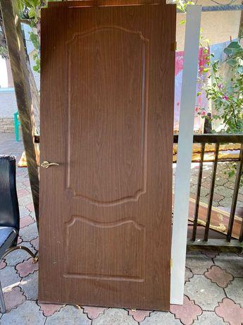 Продам двери б/у две штуки