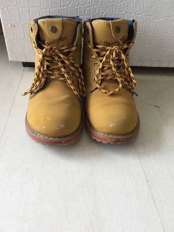 Wrangler-обувки за момченце.