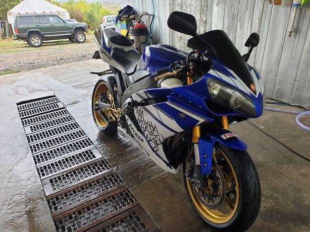 Yamaha YZF R1 2008 RN19