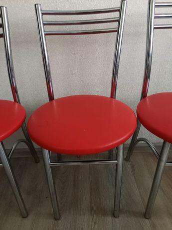 Продам кухонные стулья