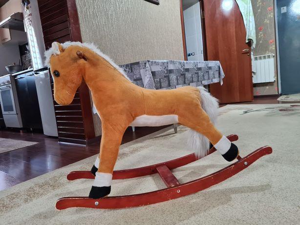 Продается лошадка и качели