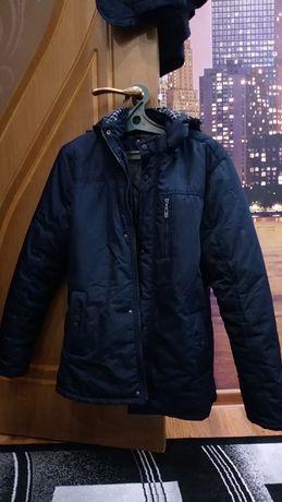 Хорошая мужская куртка