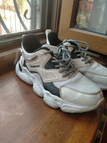 Продаётся детские обувь