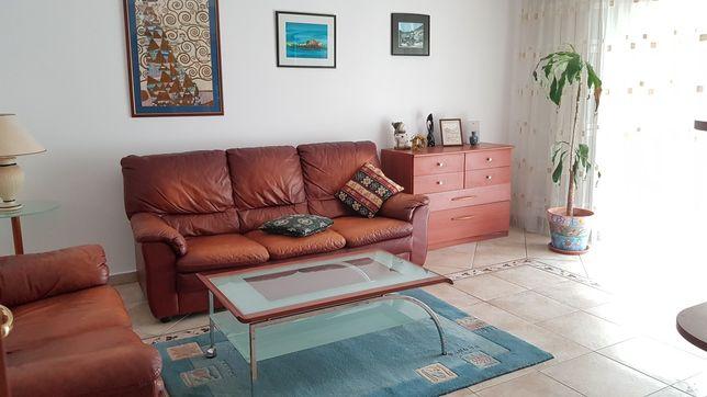 Închiriez apartament 3 camere Decebal/Piața Muncii