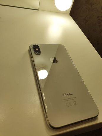 IPhone XS продам!