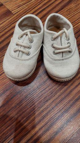 Обувки за момче 17/18 zara