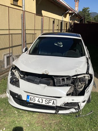Renault Megane 3 - avariat
