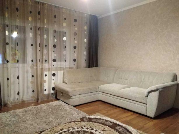 Vând apartament cu 2 camere etajul 1, zona Rogerius