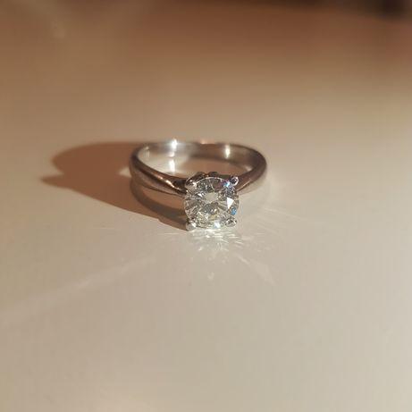 Inel cu Diamant Natural