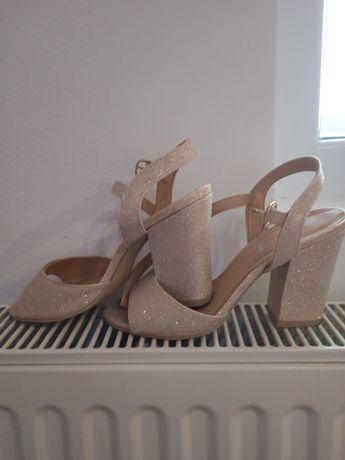 Sandale dama 36 foarte frumoase