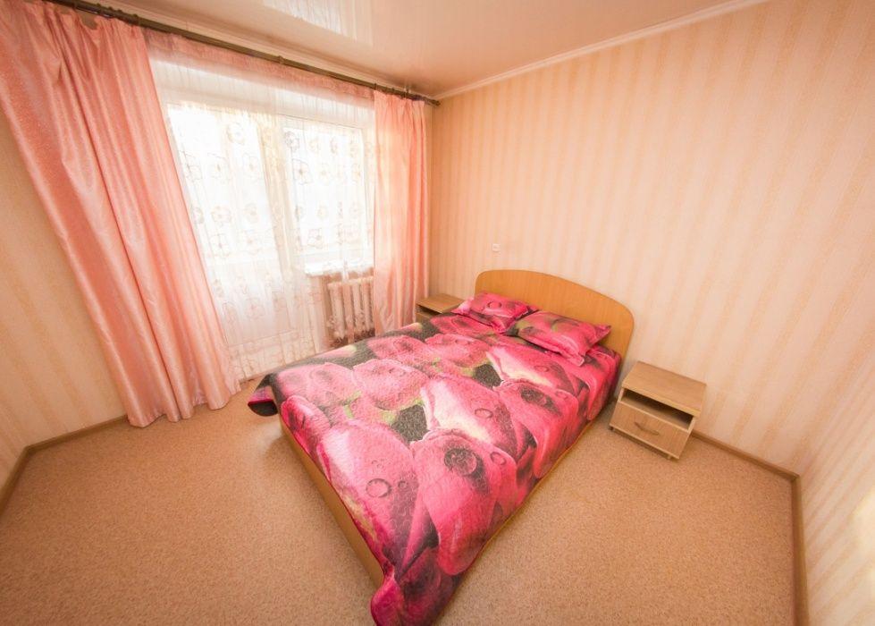 2 Ком. Квартира Посуточно в Центре города. От 3 000 тг. Р-н ТД Рахмет. Петропавловск - изображение 1