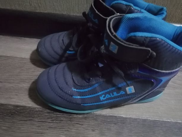Продам обувь для мальчика приходите смотрите 4мик