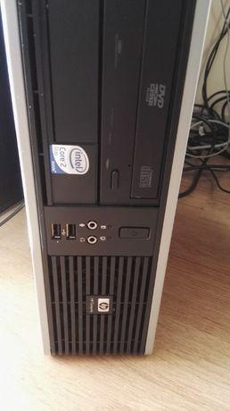 Продавам Компютър HP DC5800S + Monitor HP L1710