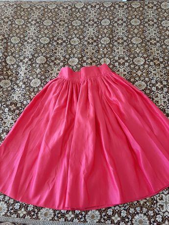 Юбка на лето  розового цвета