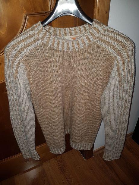 Pulover tricotat,Bluza,Hanorac,Tricou,Geaca,Haina