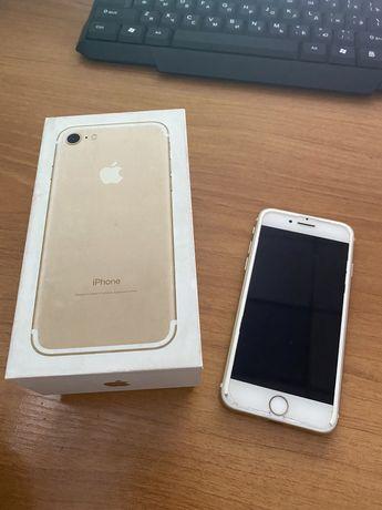 Iphone 7. Память 32 гб