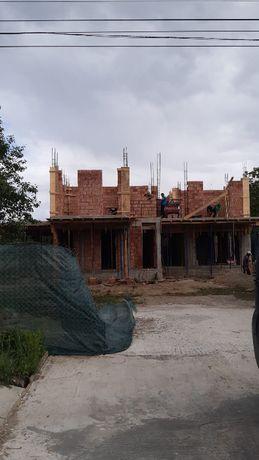Echipa construim case, executam finisaje de calitate, renovari