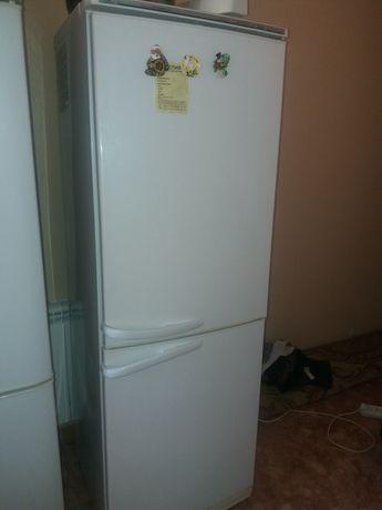 Холодильник в хорошем состояний.
