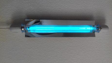 Бактерицидна гермицидна ултравиолетова УВ UV кварцова лампа