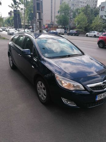 2011 Opel Astra J Sports Tourer Edition Euro 5