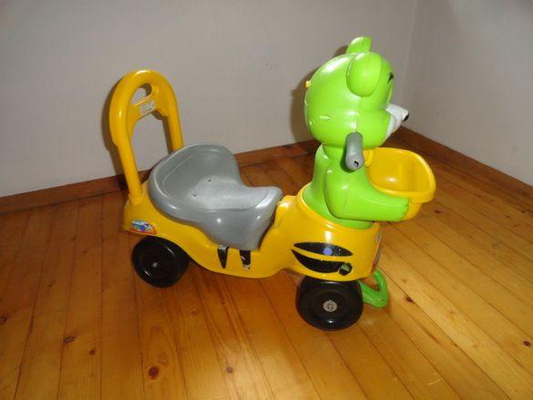 Детска триколка,колело без педали.