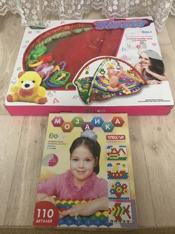 продам детский развивающийся коврик